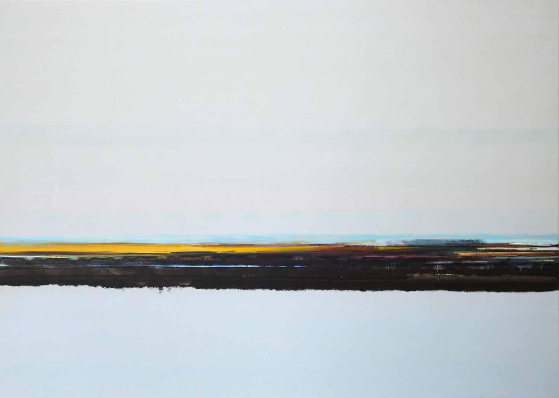 abstract landschap met grijs, donkere tonen verschillende kleur en vage blauwe heuvels
